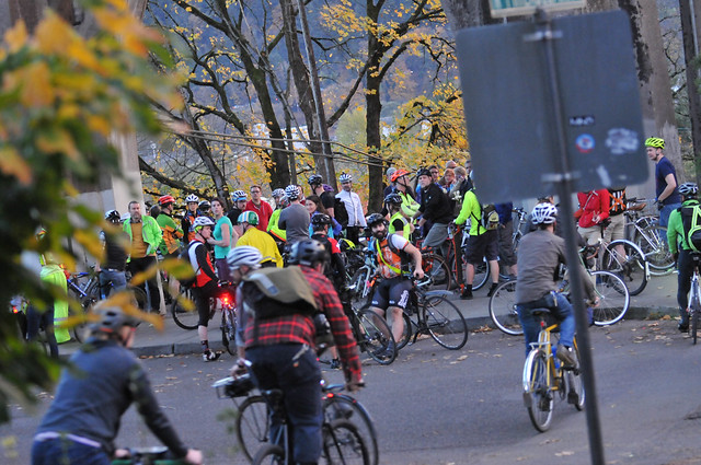 St Johns Bridge protest ride-5.jpg