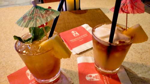 Mai Tais at Mai Tai Bar