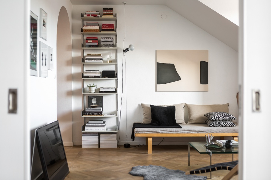 Gorgeous Scandinavian Home With Wood Details