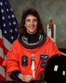 Astronaut Nancy L. Currie, mission specialist, NASA photo (1998) 9359171131_be1f3dcd2a_n.jpg