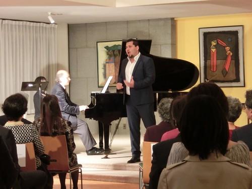 Tenor mexicano Carlos Osuna ofrece recital en Tokio