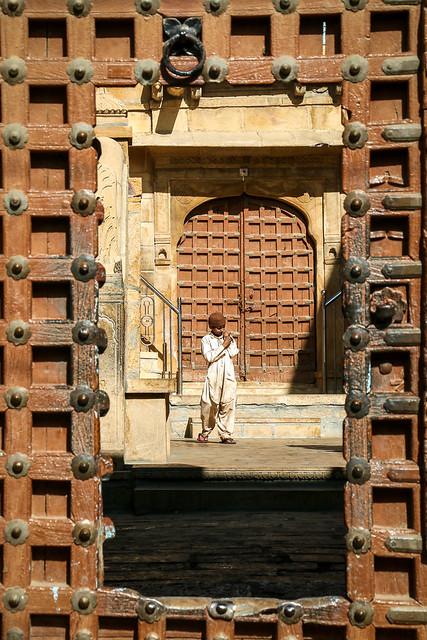 A Muslim boy in Jaisalmer, India ジャイサルメール ムスリムの少年