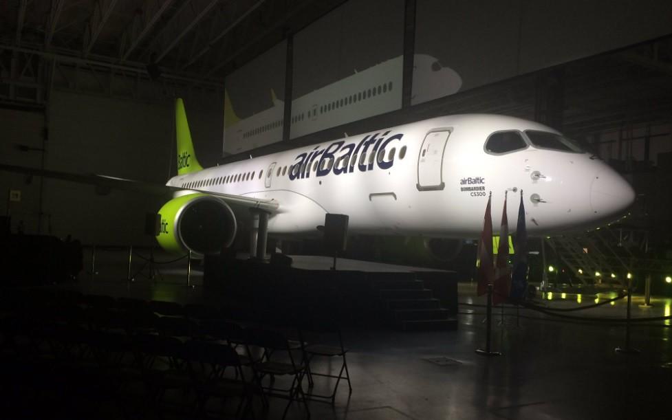 Átvette az első Bombardier CS300-ast az airBaltic