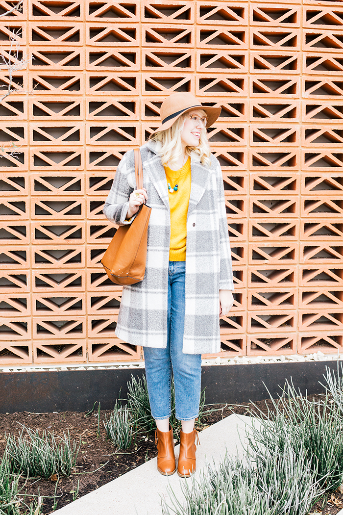 austin style blogger grey coat mustard sweater3