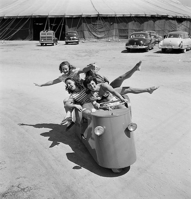 Circus Motorette