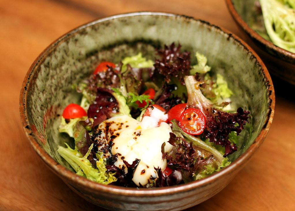 kurama-robatayaki-truffle-onsen-salad
