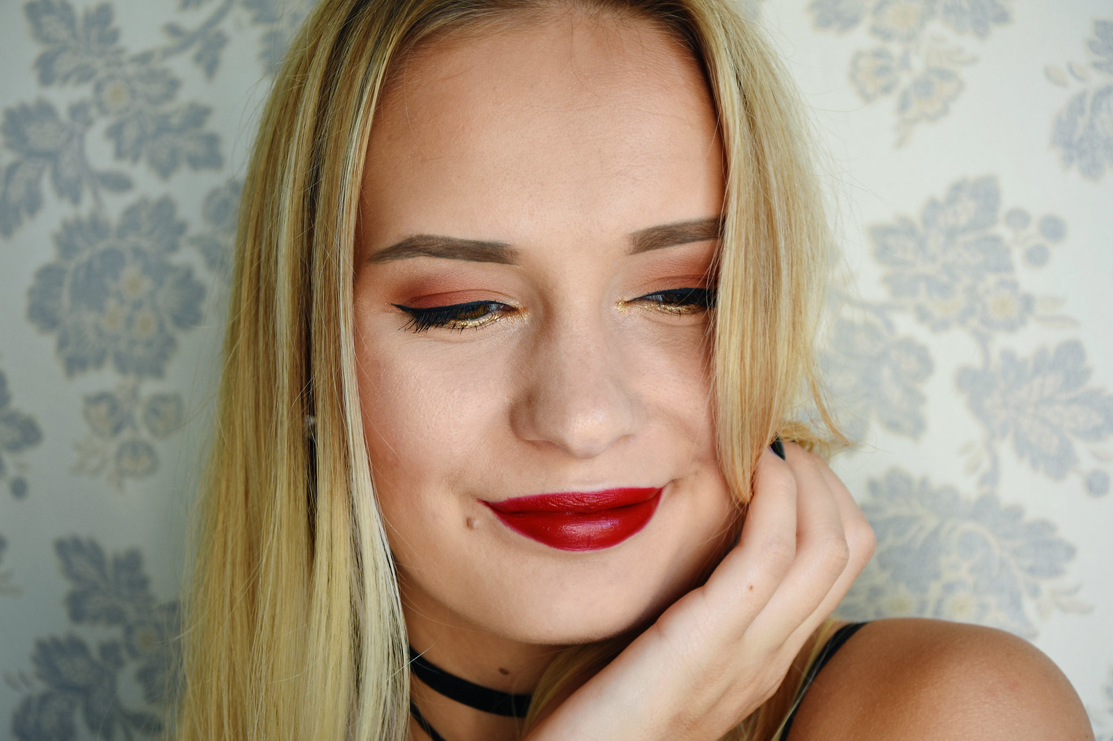 Warm tone makeup look with Morphe Brushes eyeshadow palette