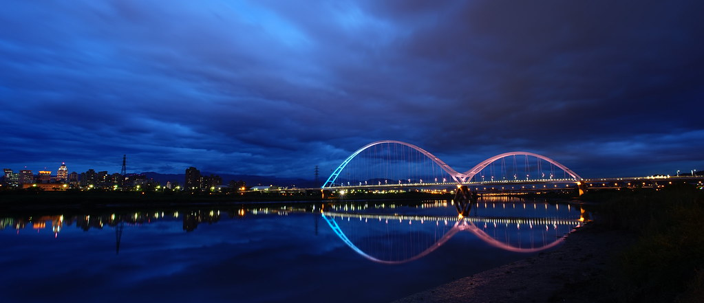 新月橋, new moon bridge, crescent bridge,