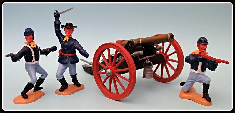 Toy soldiers, cowboys, indians, space men etc 31410408035_e344da557c_c