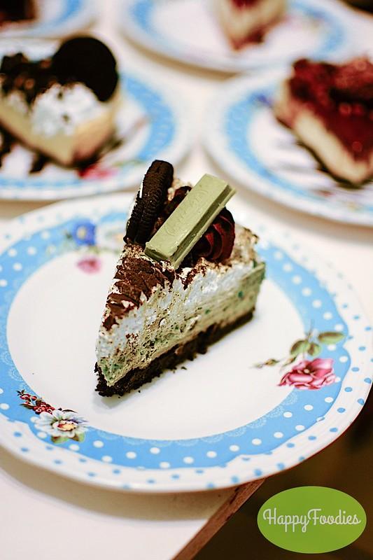 Oreo Matcha Cheesecake