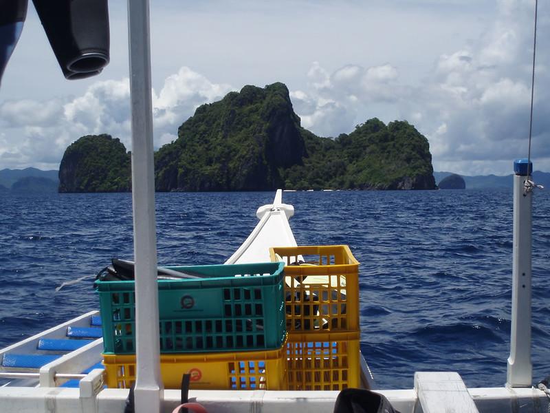 Rumbo a los arrecifes, junto a las islas estan las mejores inmersiones.