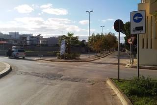 Noicattaro. Incidente rondò Palazzetto front