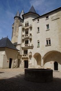 017 Kasteel Saumur binnenplaats