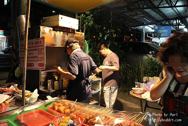 30988470291 29cc3f6762 z - [台中大里]南門香烤肉--路邊鐵皮屋烤肉攤,生意超好、C/P值高,想吃烤肉請耐心等待@大里 中興路