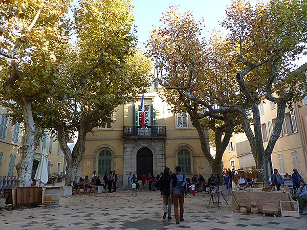 la mairie de Collobrières