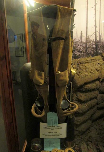 Hooge Crater Museum 8