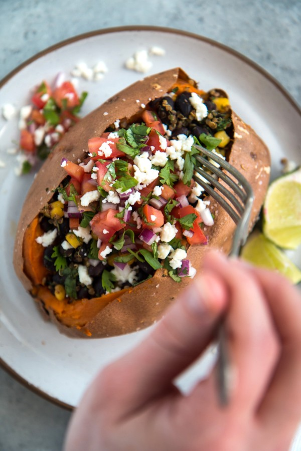 Southwest Quinoa & Black Bean Stuffed Sweet Potatoes | Will Cook For Friends