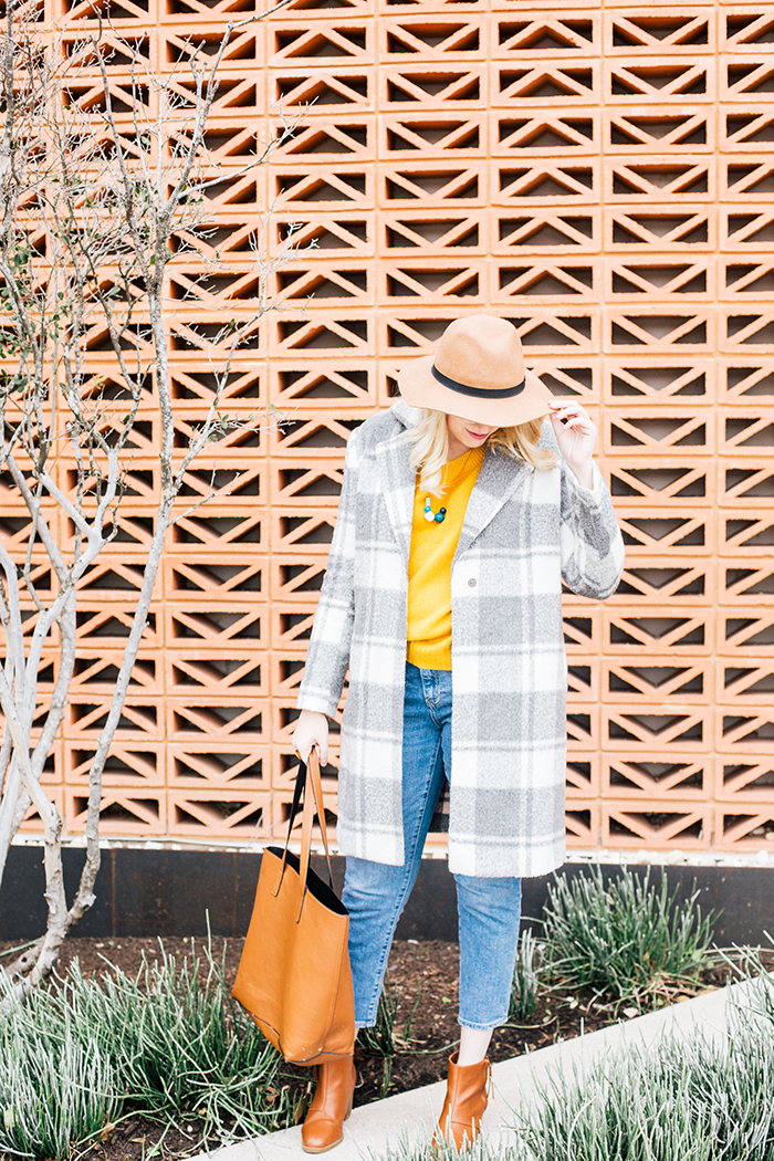 austin style blogger grey coat mustard sweater6