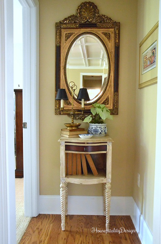 Guest Room Suite Hallway - Housepitality Designs