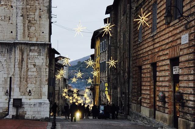 christmas-gubbio-umbria-cr-brian-dore