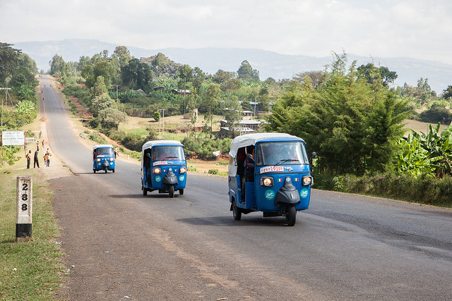 ETIOPIA IN APE 2016 - IL MONDO AL RALLENTATORE