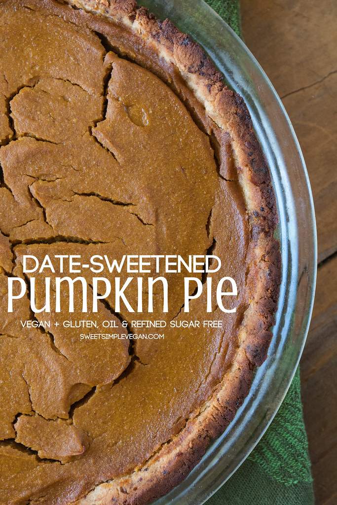 Date-Sweetened Pumpkin Pie {oil, gluten & refined sugar free} sweetsimplevegan.com