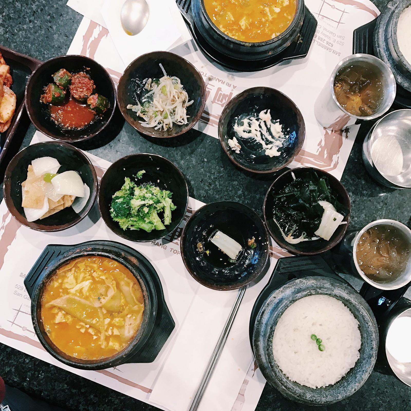 0246-tofusou-tofuhouse-korean-koreanfood-foodie-lifestyle-elizabeeetht-flatlay-lifestyle