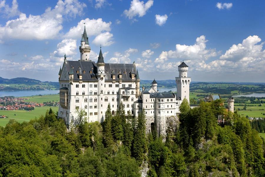 Сказочный замок Нойшванштайн – жемчужина альпийских склонов  - ПоЗиТиФфЧиК - сайт позитивного настроения!