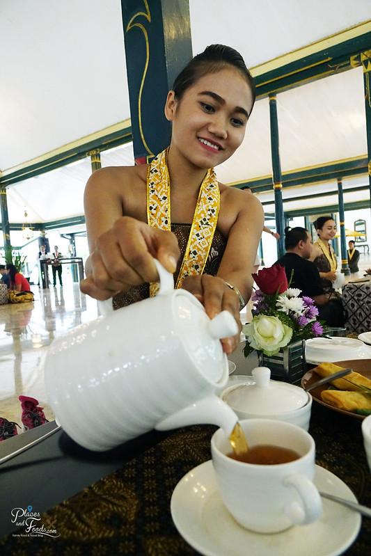 jogja Royal Ambarrukmo Hotel tea ceremony