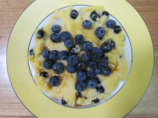 Cornmeal Blueberry Porridge (Sautauthig)