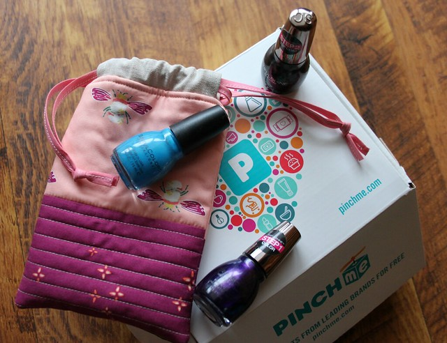 Reusable Drawstring Gift Bag in Garder Dreamer
