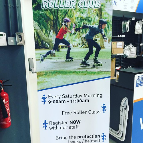 #Decathlon offers free #rollerblading classes for #kids on Saturday mornings...