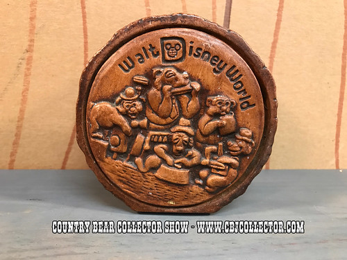 1970s Walt Disney World Country Bear Jamboree Bank - Country Bear Collector Show #77