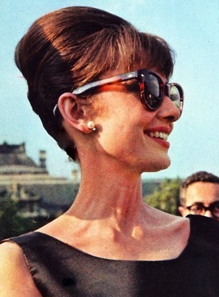 Hepburn245