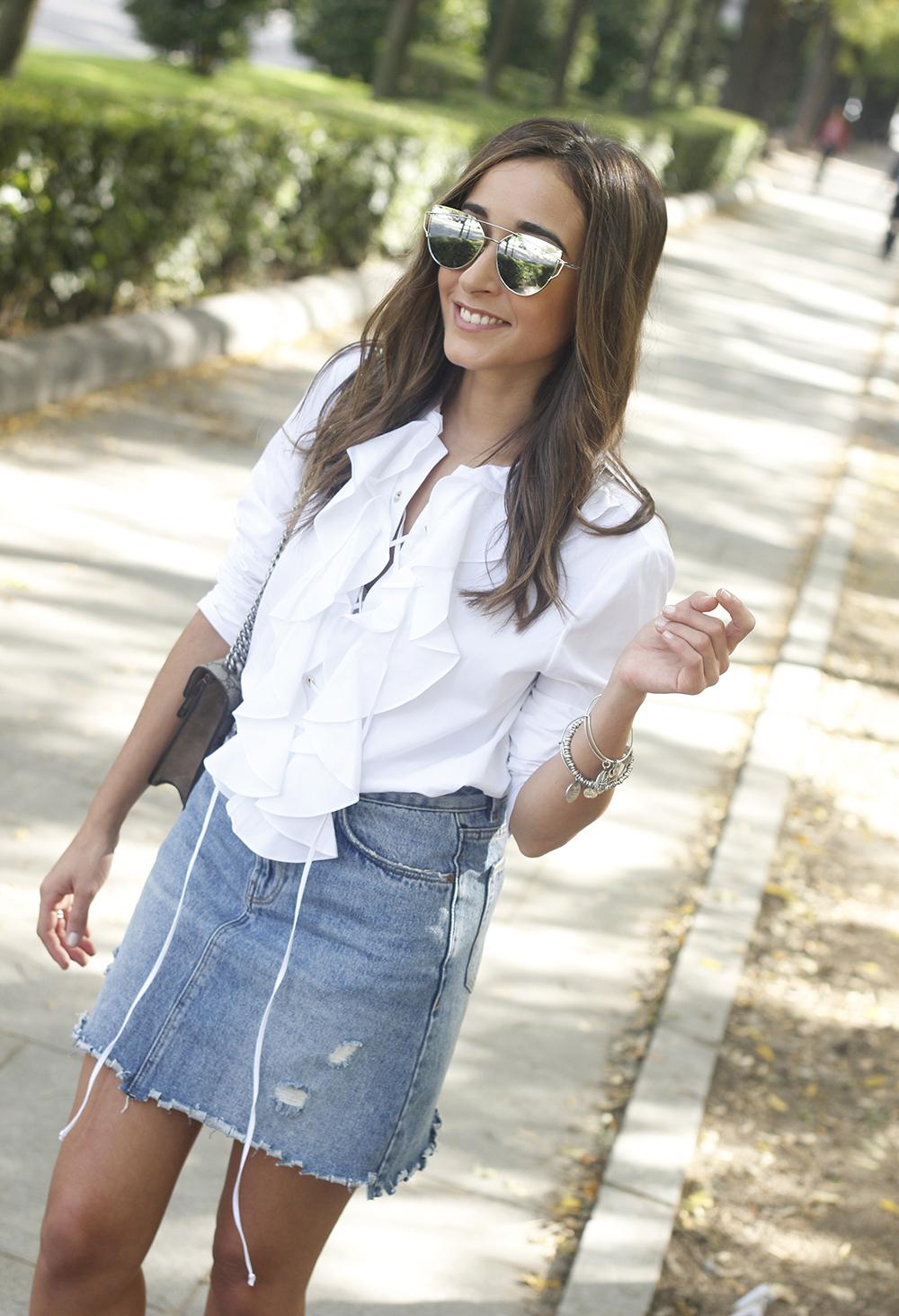 ruffled shirt uterqüe denim shirt sunnies heels gucci bag outfit fashion style17