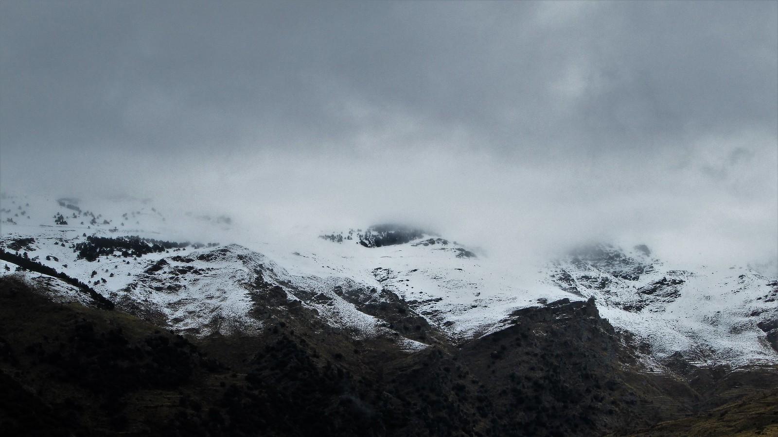 Zona de Ventura y Prados del Rincón. Barrancos de Ballesteros y del Hiniestral.