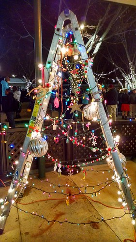 Here's how @Makerspace125 does a Christmas tree at the opening ceremony of the Greenbelt Festival of Lights.