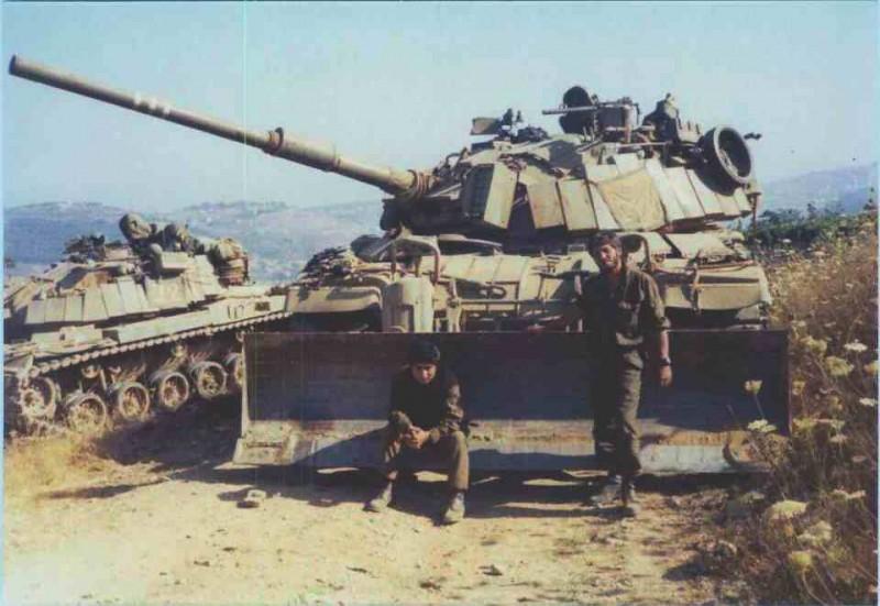M60-dozer-lebanon-1982-f-1