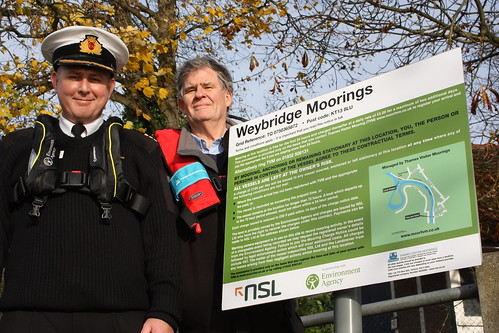 New signage goes up at the first site to be managed by Thames Visitor Moorings