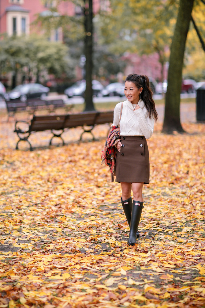 Boston fall foliage extra petite fashion blog