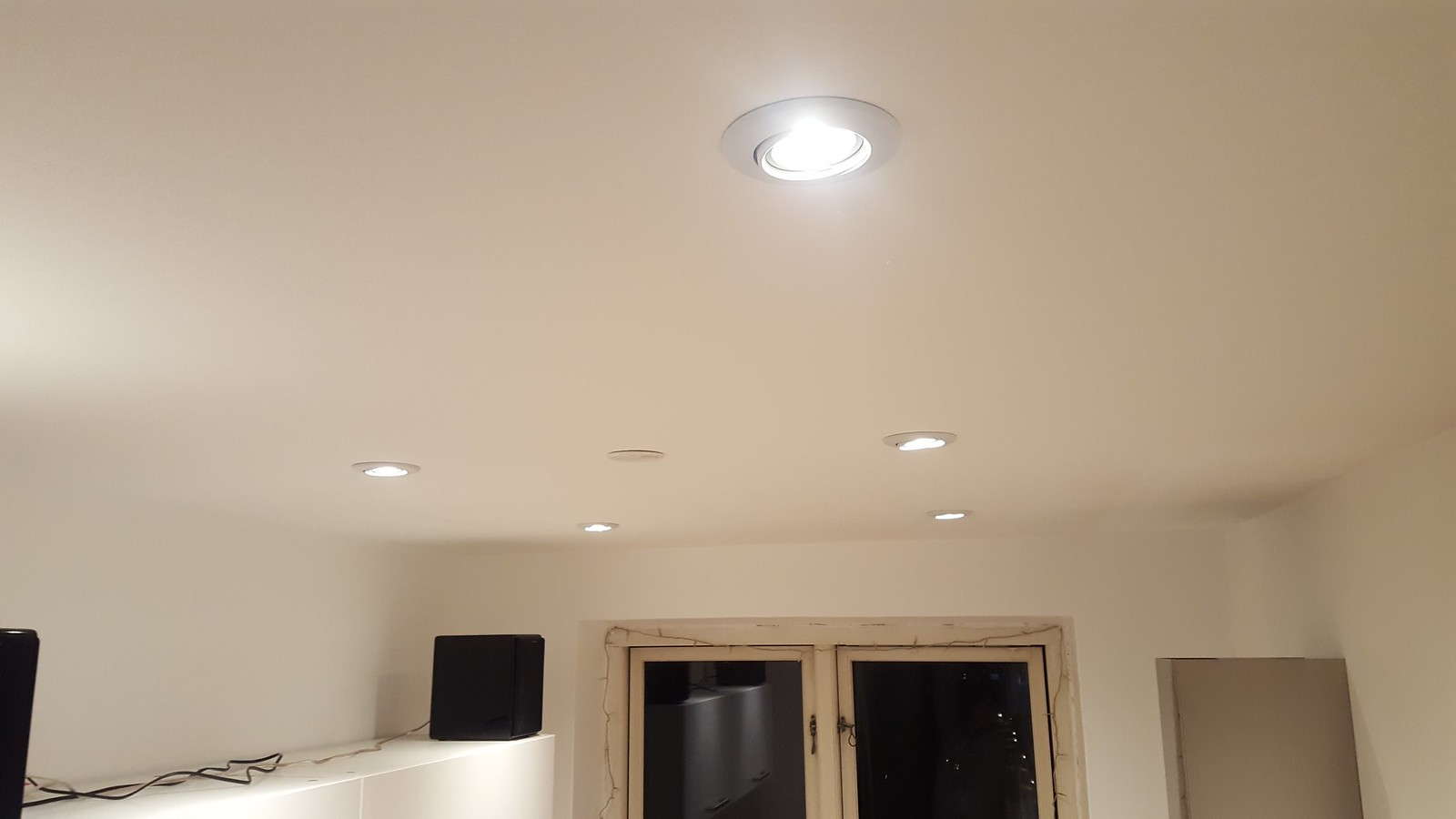 Guide: Lower Ceiling and Install LED Downlight