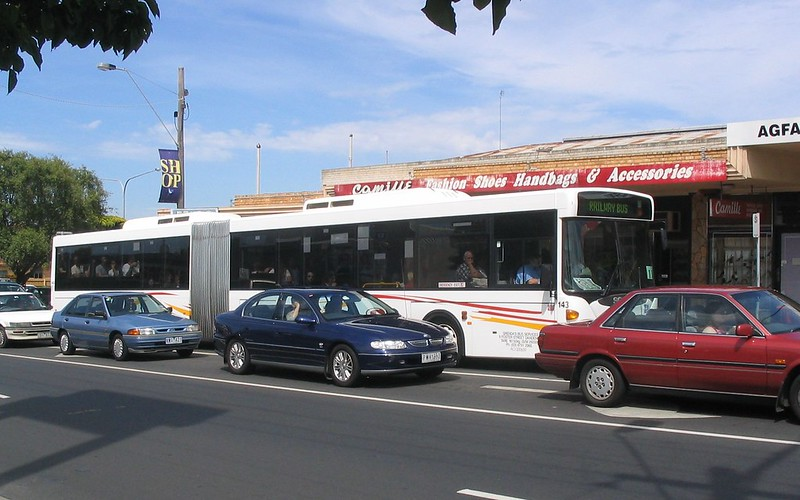 Rail replacement bus durng the Bentleigh Festival, November 2006