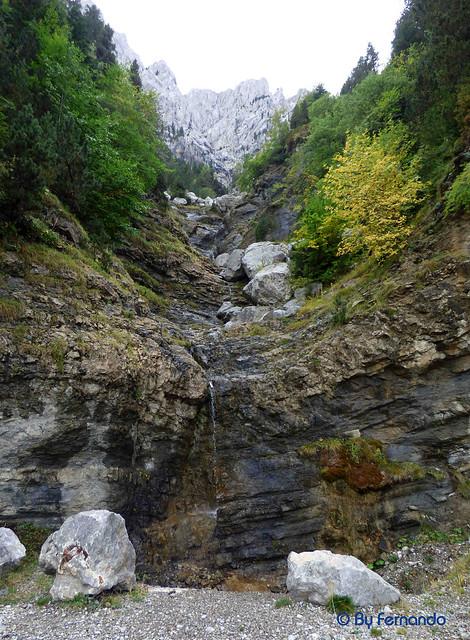Saldes, Gresolet, Saldes -02- Por La Costa -09- Cascada Cara Norte del Pedraforca (06-10-2016)