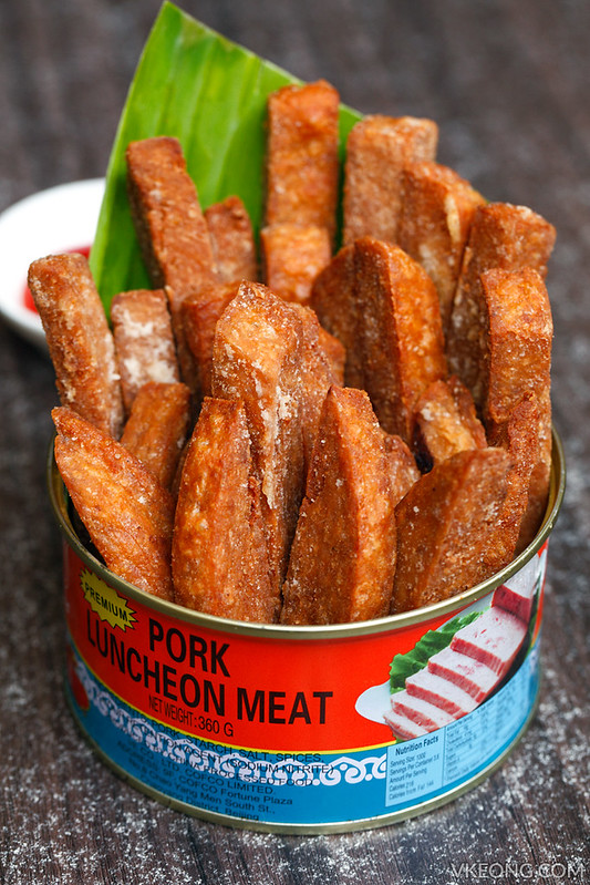 Reminisce Cafe Can of Pork Luncheon Meat