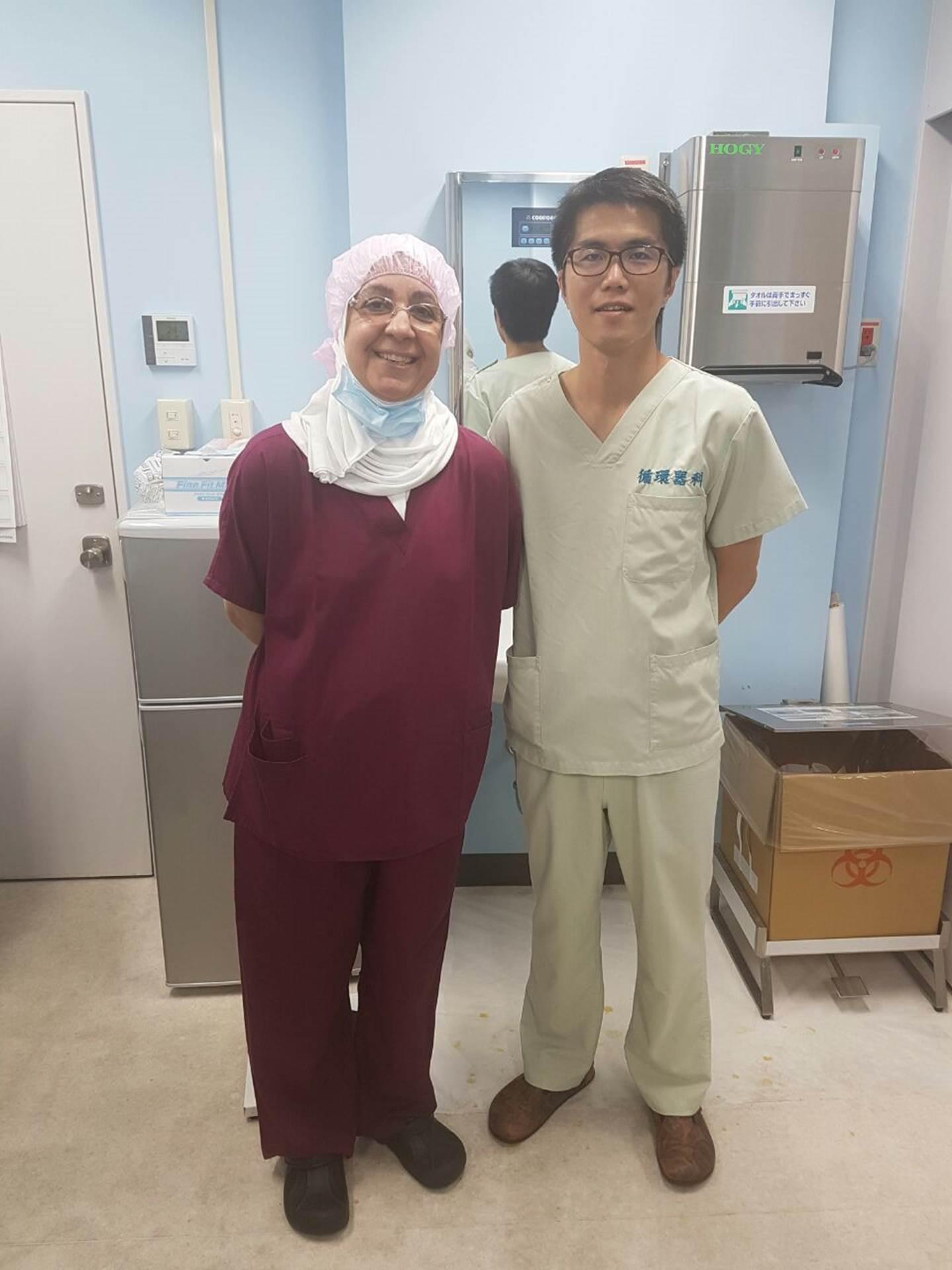 طبيبة كويتية