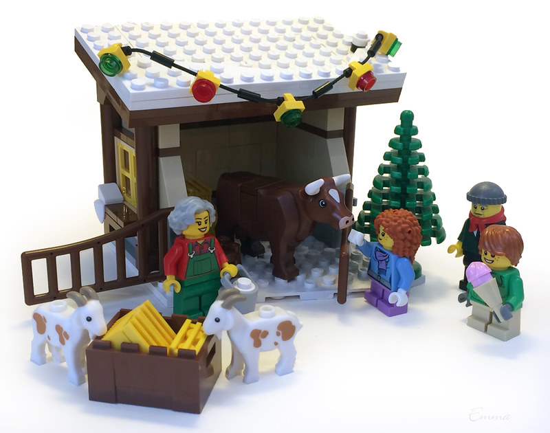 LEGO-Winter Village-Creamery-05