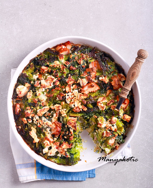 Cabbage, feta and ham bake in a tin