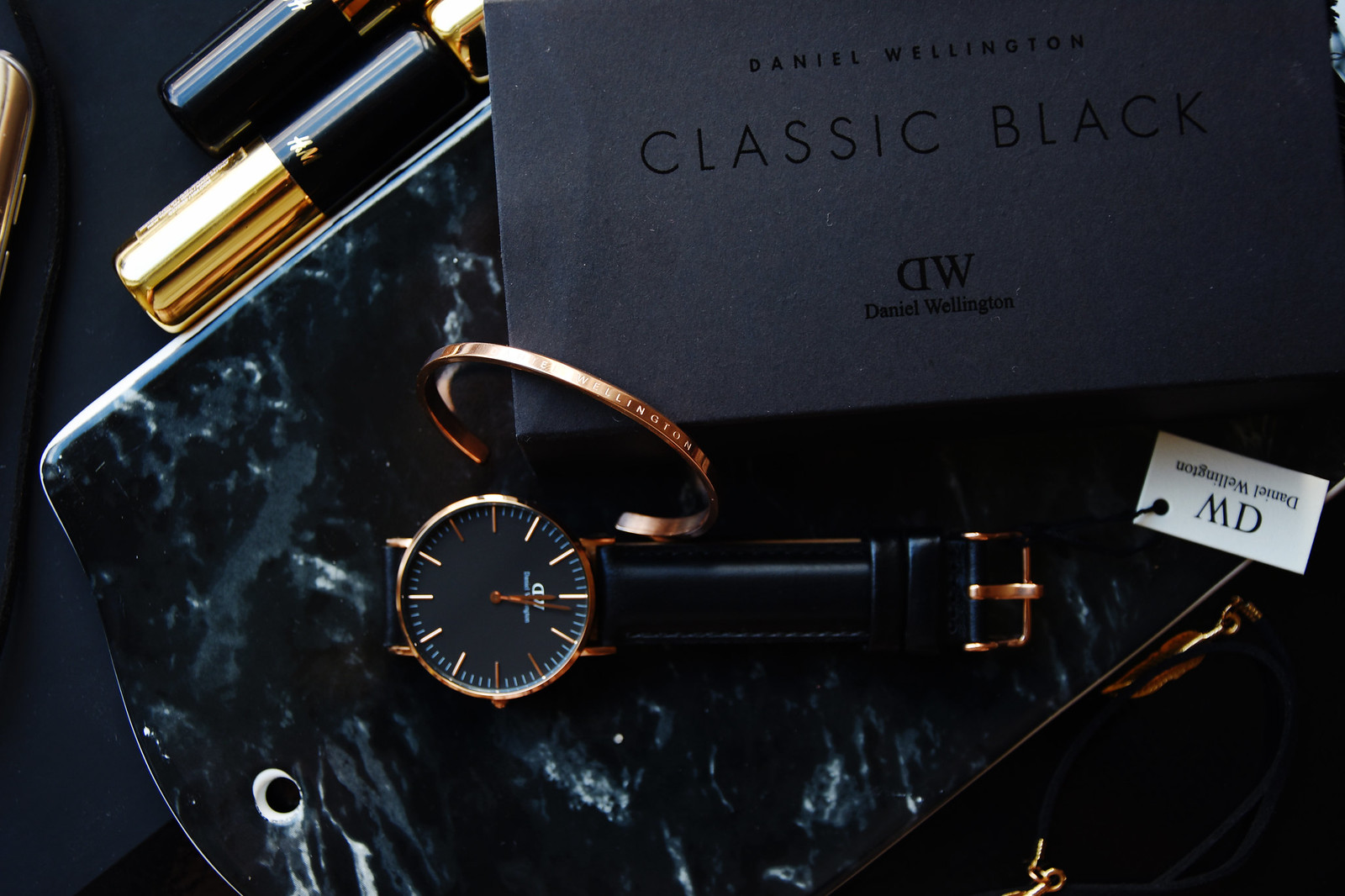 Daniel Wellington classic black watch discount code