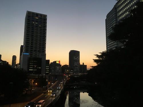 紀尾井町 堀と夕焼け 2016.10.24