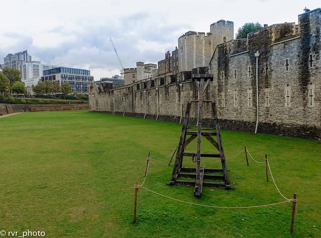 Muralla que rodea todo el perímetro del castillo